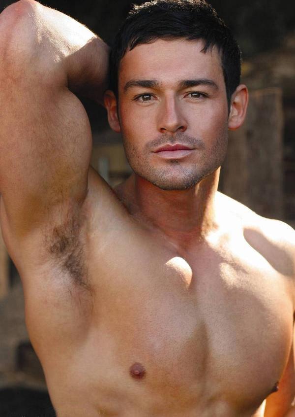 Gay Horny Greek 32
